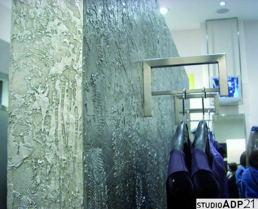 decorazione moderna : parete materica microcemento