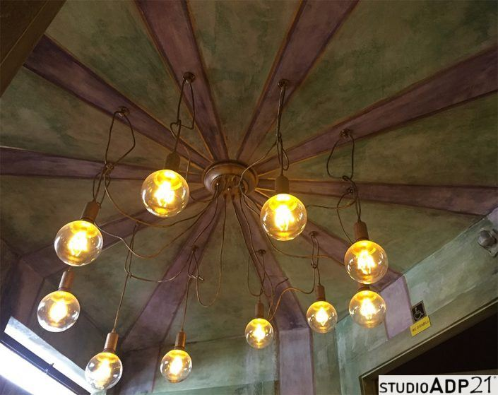 soffitto decorato a raggiera