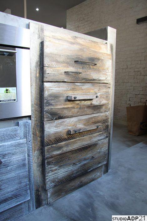 cassettiera per cucina in legno