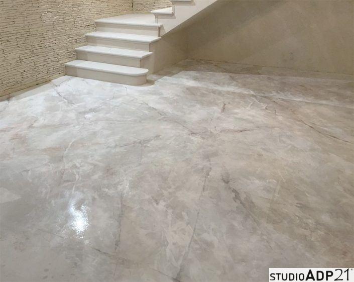microcemento decorato effetto marmo