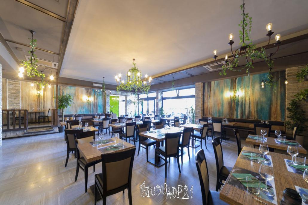 ristorante a Roma. Decorazioni d'interni su pareti sala ristorante