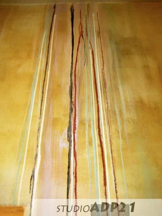 parete moderna di design con colature e patine.particolare di Lounge bar Roma(CRUDO)